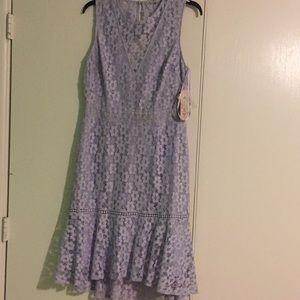 Is e beautiful brand new dress